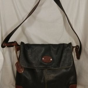 # b8,386 Gianni Perfecto Leather Shoulder Bag